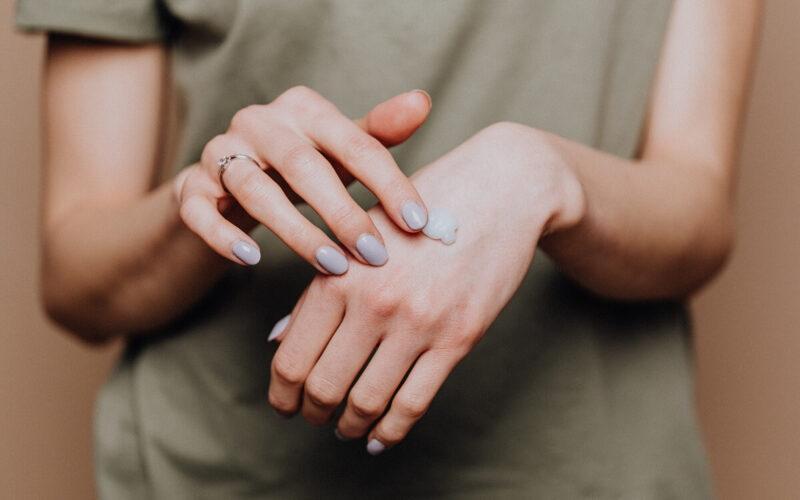 Domowe sposoby na zdrową skórę i paznokcie